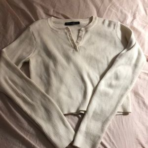 Brandy Melville button cropped sweater